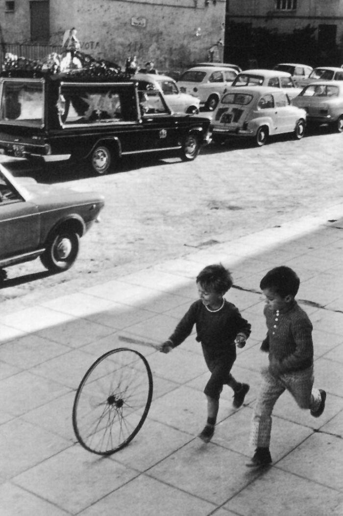 Vintage_Play.jpg