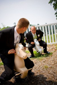 The groom able to relax and enjoy the day thanks to having a wedding planner!