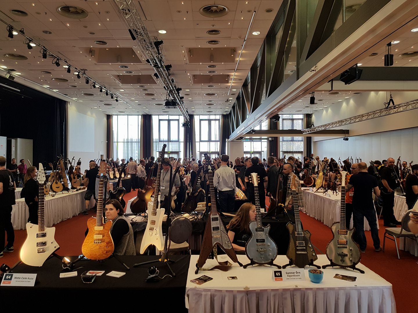 The Holy Grail Guitar Show, my vikings are ready :)