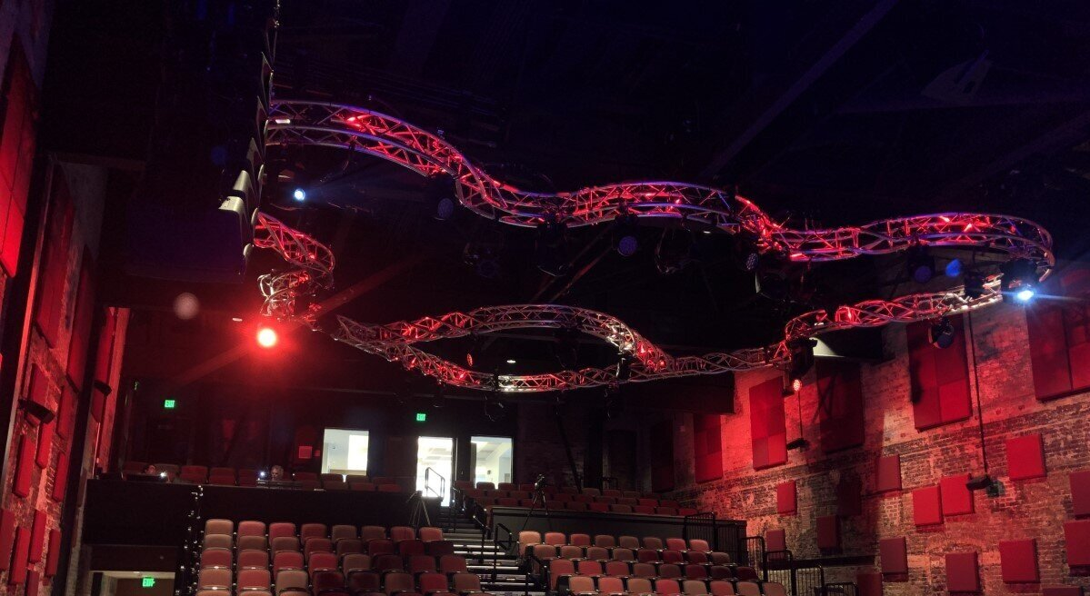 LIVE DESIGN - COSMIC TRUSS F34DNA FEATURES FRONT AND CENTERSEPTEMBER 2019 - Port Lighting Systems recently completed the design for the new front of house lighting rig of the Capitol Center for the Arts' Bank of New Hampshire Stage…