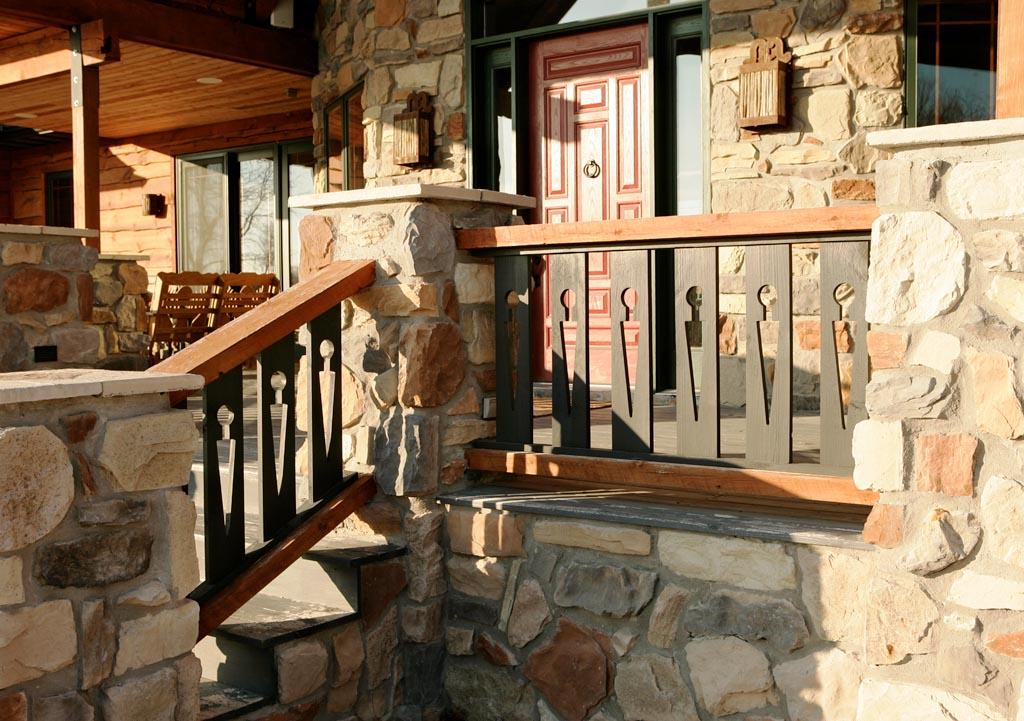 20 Custom Design Cedar Railing.jpg