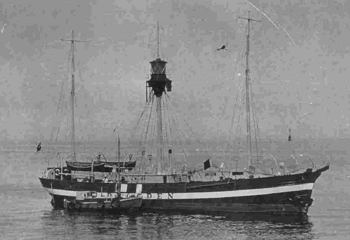 Fyrskib no: VI ( foto Ukendt.)