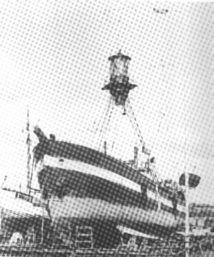 Motorfyrskib no: II til eftersyn på Raun  Byberg Skibsværft i Esbjerg.Fotokopi: Fiskeri- og Søfartsmuseet Esbjerg