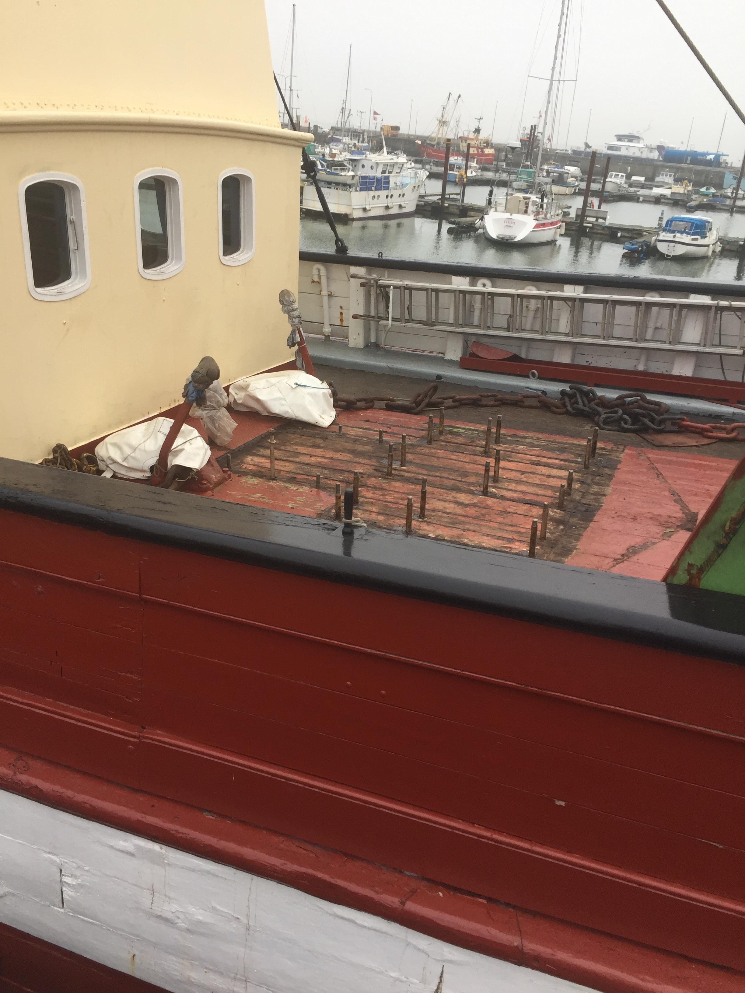 Fyrskibets anker spil renoveres - fyrskibet6.JPG