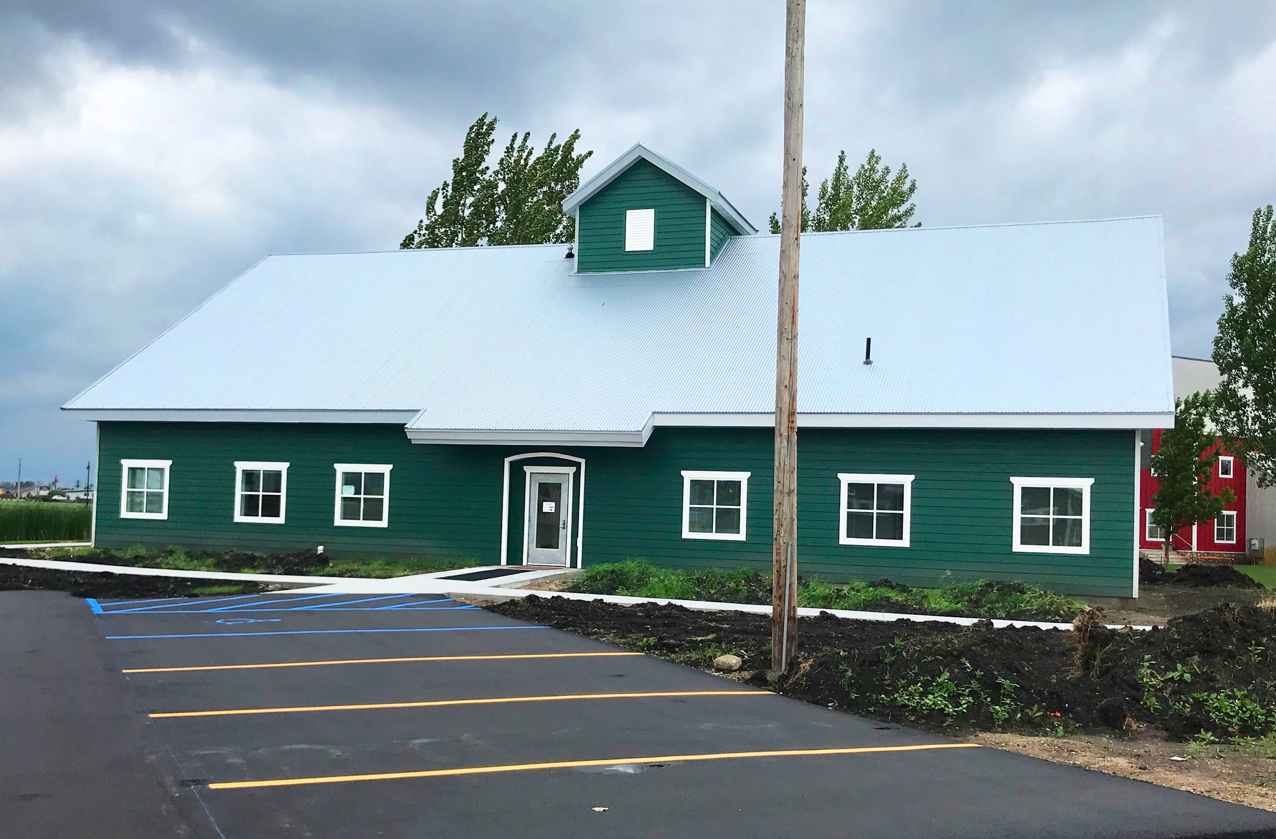 Granary - SPACE AVAILABLE: 1,534 sq. ft. (SUITE 3)MAIN FLOOR RENT: $16.50 per SF (1,065 SF)MEZZANINE RENT: $12.50 per SF (469 SF)Consisting of one main level, a mezzanine and a shared common entry space, this farm-styled office building has been designed to accommodate multiple businesses. Currently Suites 1 and 2 have been reserved by North Dakota Trade Office and Northarvest Bean Growers. The available office space is currently unfinished as it is to be fit up for the next tenant.