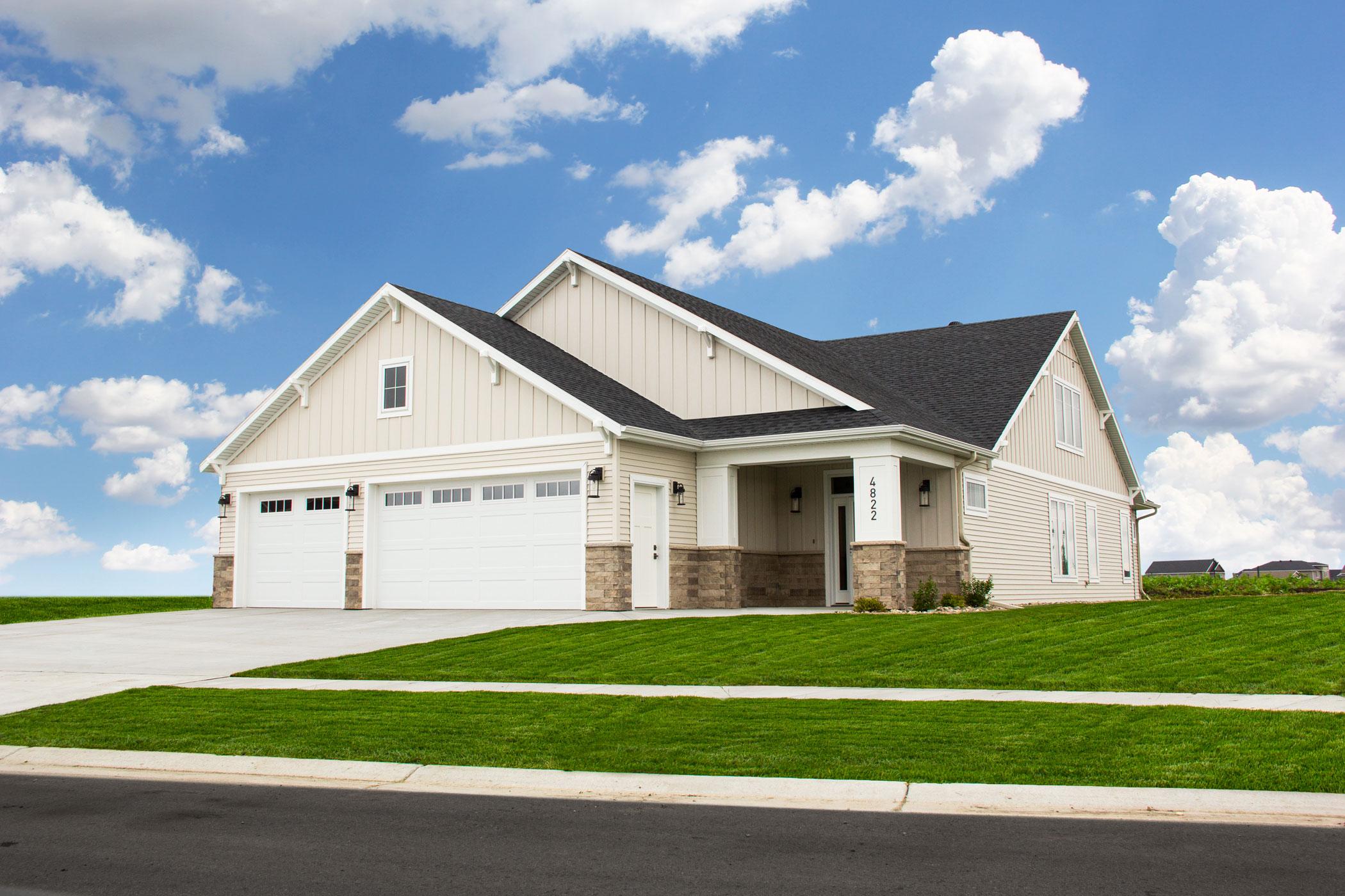 Cottages: Block 2, Lot 2