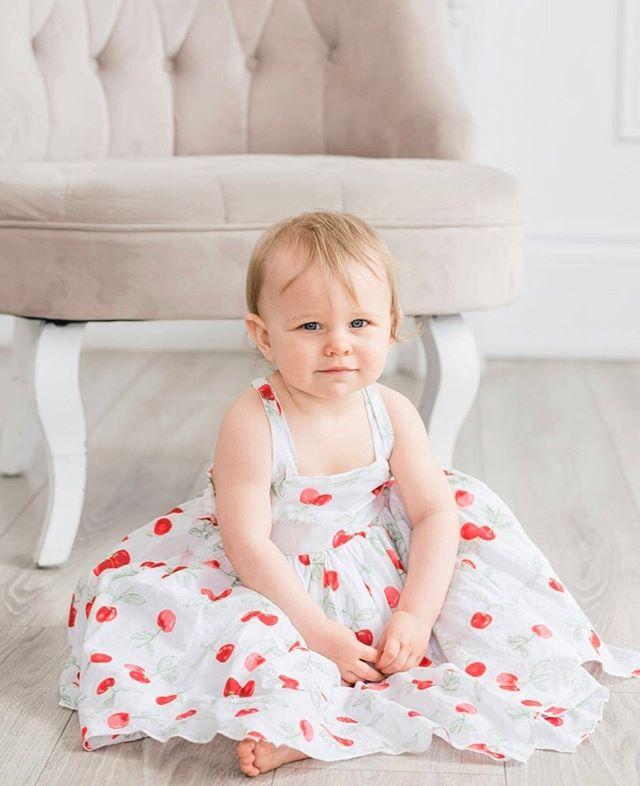 Pretty baby. #gtaphotographer #torontofamilyphotographer #toronto #itsdarling #momlife #cutekids #momcommunity #torontofamily #torontophotostudio