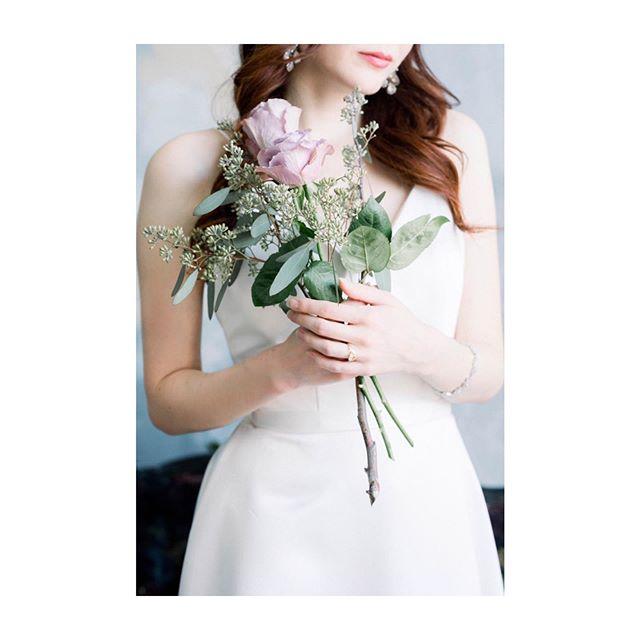 All the small things. #keepitsimple #shesaidyes #engaged #weddingphotography #theknot #weddingbells #wedluxe #nikon #d750 #sigma #weddingplanning #toronto #weddingplanning