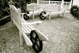"""""""Edinburgh"""" style wheelbenches"""