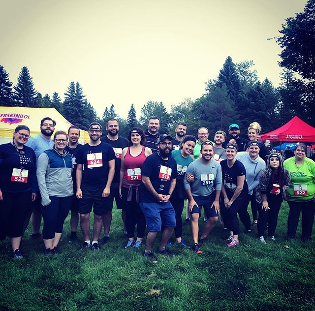 On Saturday we ran/walked the @ultranightrun as a team! Some of us even achieved some personal bests- such a fun night! #ultranightrun #goals #teamworkmakesthedreamwork #andthenwedrankbeer #5k #10k