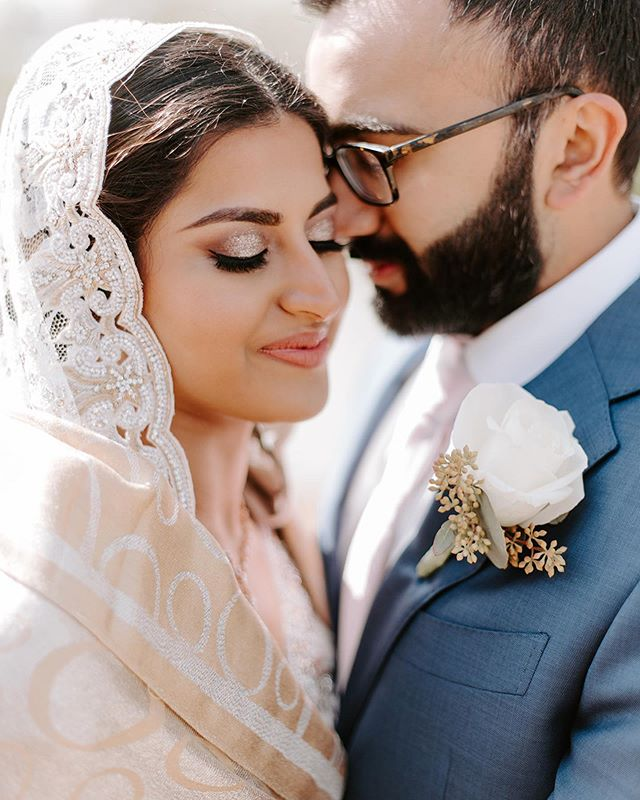 Loving these professional pictures of my bride Aleena 😍  #brushonnbyalveena #brushonnbyalveenabrides #wedding #weddinghair #weddingmakeup #weddingmakeupartist #bride #bridalmakeup #bridalmakeupartist #planomakeupartist #dallas #dallashairstylist #dallasmakeupartist