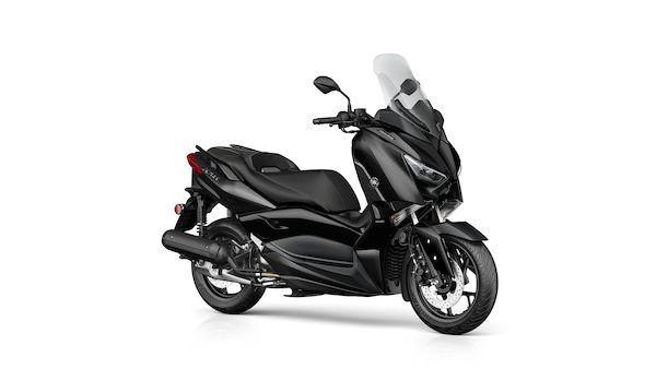 2019-Yamaha-XMAX125 IRON.jpg