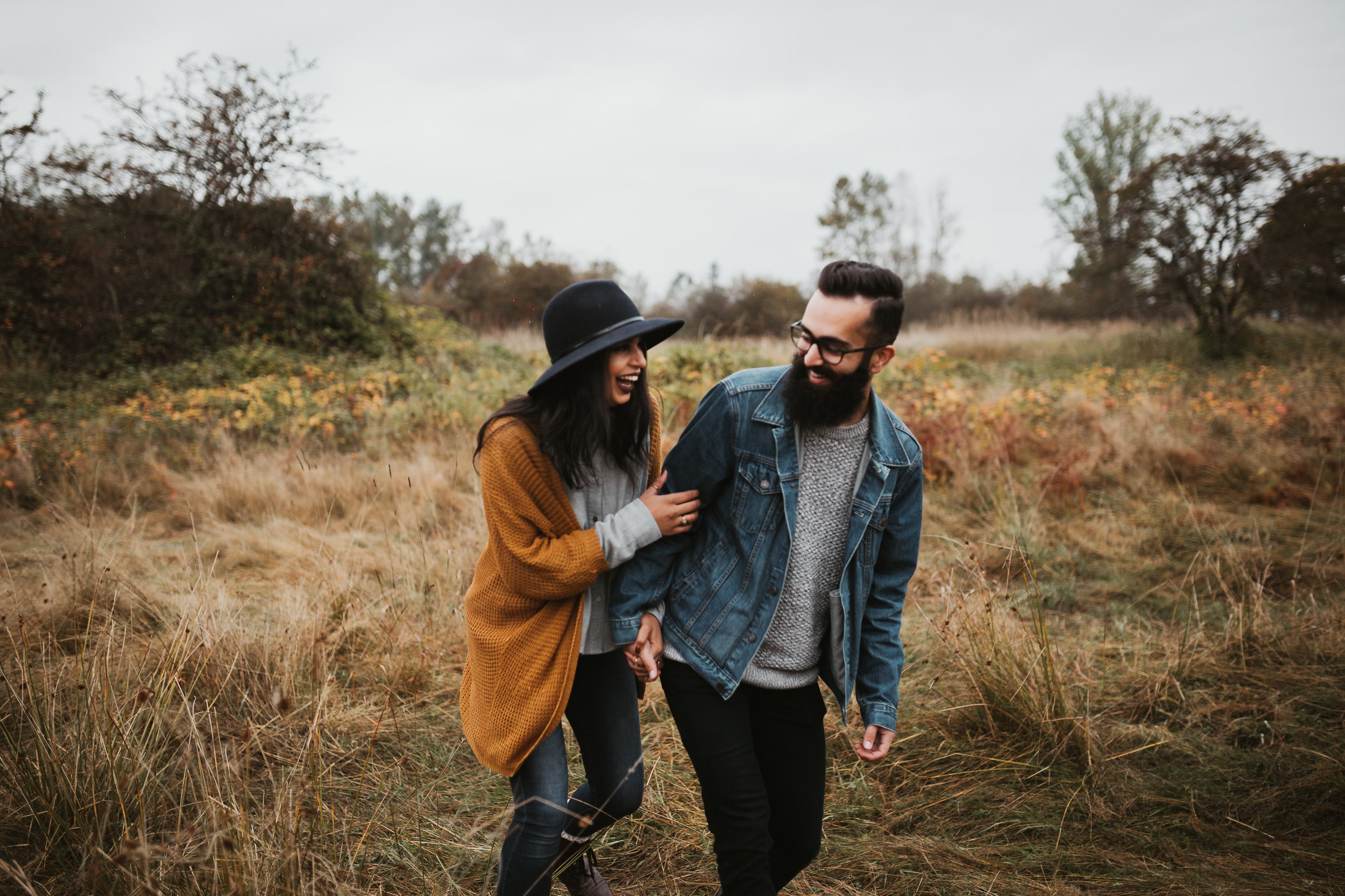 An autumn, fall engagement session at Tynehead Park in Surrey.