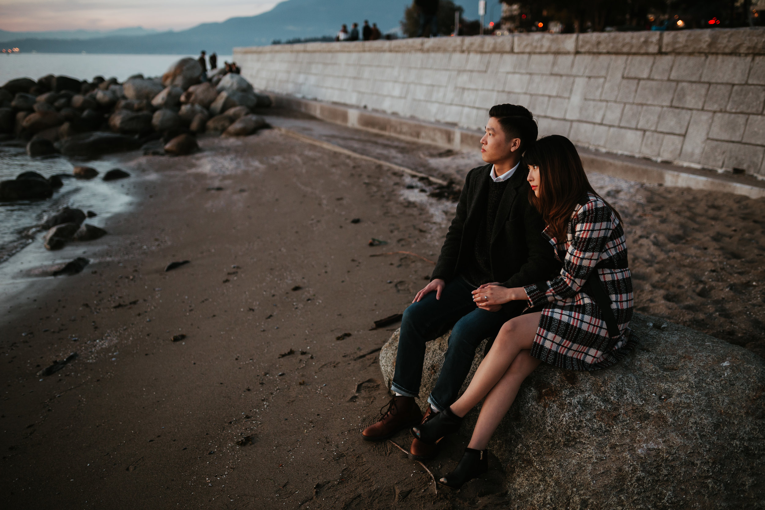 english-bay-engagement-vancouver-photographer.jpg