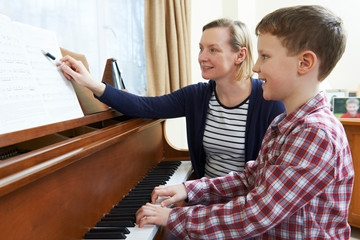 teaching-piano-to-the-young.jpg
