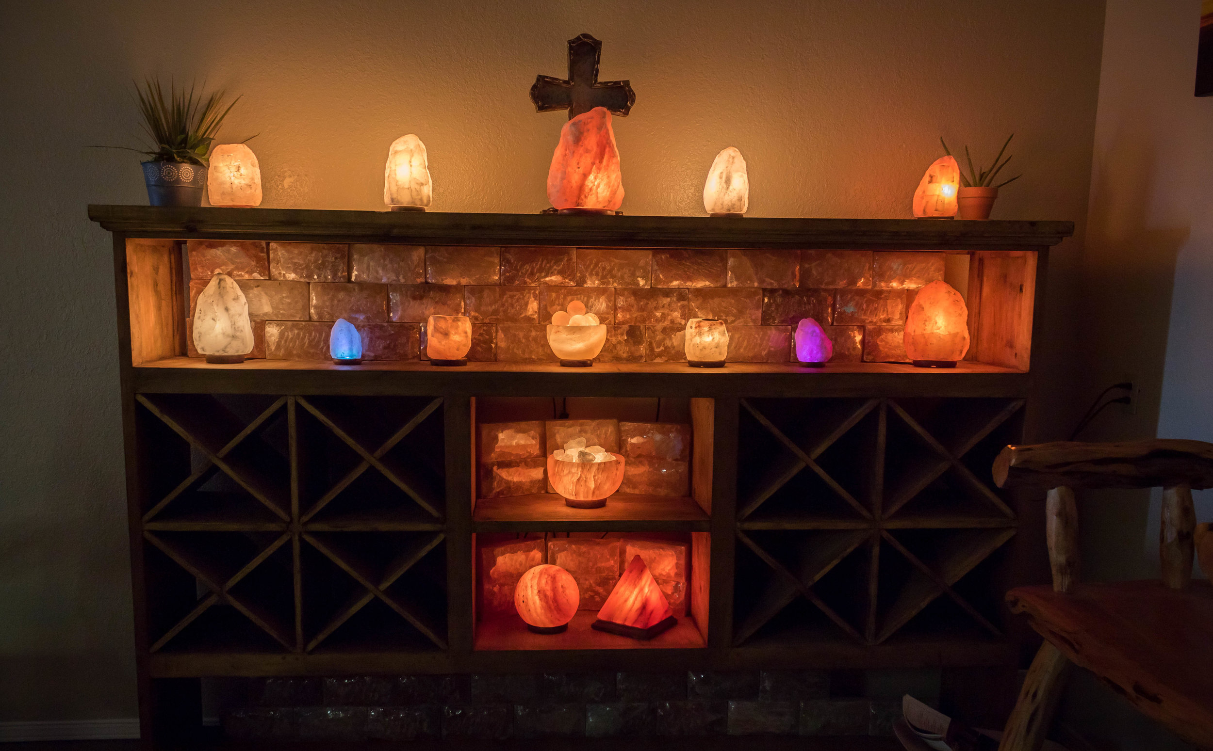 Himalayan Salt Rock Lamps. Assorted size and colors.