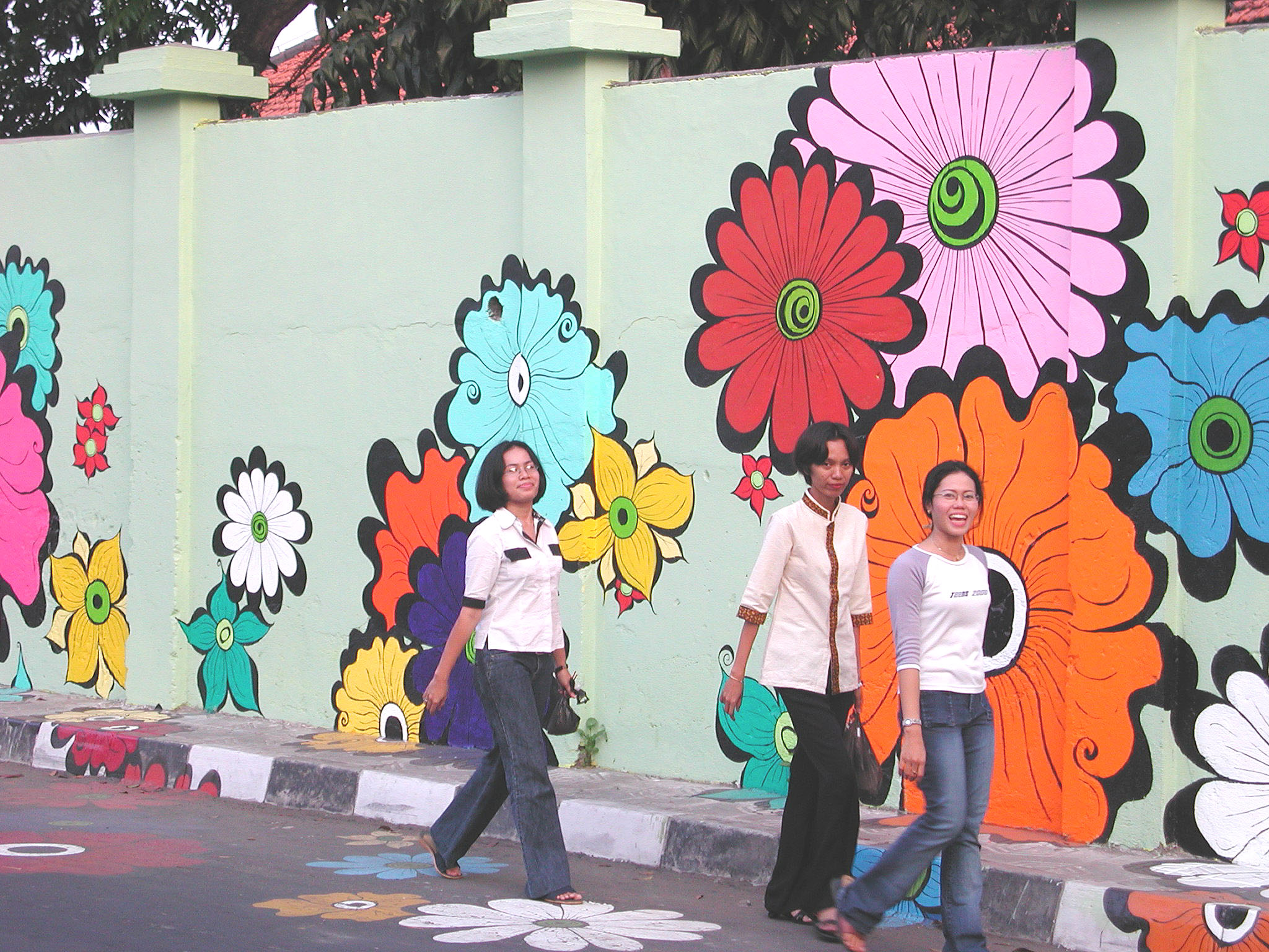 Megan -- Etta and friends walking by mural.jpg