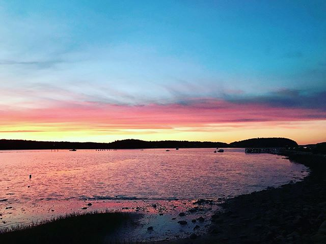 #pophambeach sunset #lovemaine #phippsburg #innsofmaine #bandbs #bedandbreakfast #mainebeach 📷: @sylviabroude