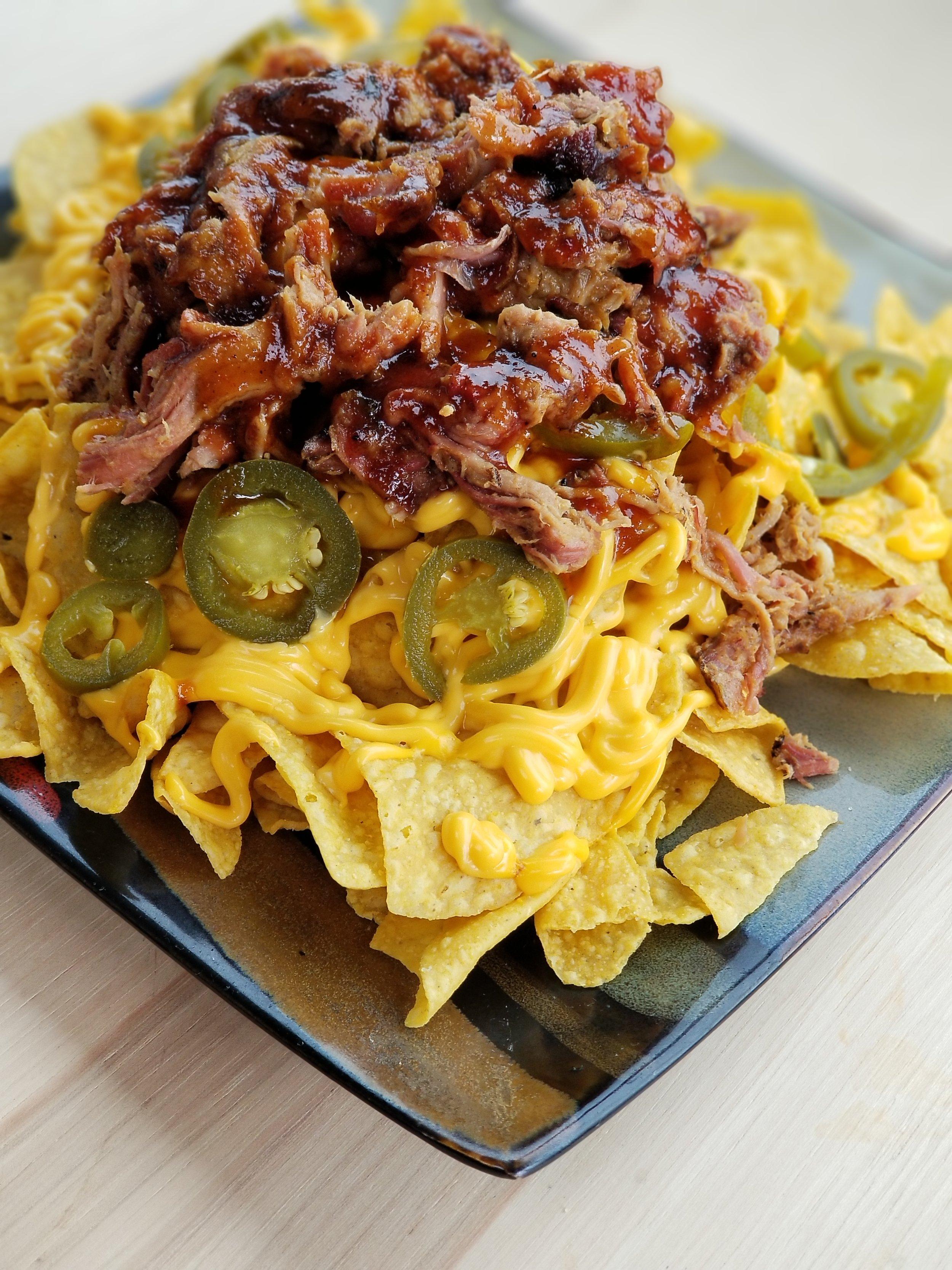 Pulled pork nachos.jpg