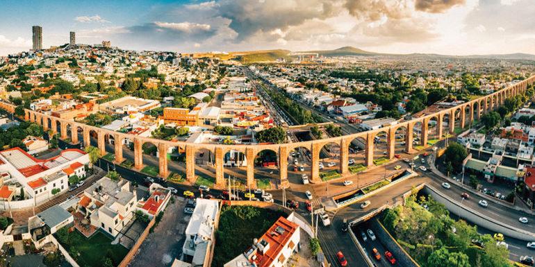Conoce Querétaro - Visita esta ciudad colonial, su centro histórico, el acueducto, sus museos y su increíble vida nocturna.Incluye Transporte: Hotel - Querétaro - HotelSalida 9:00 AM Regreso 5:00 pm