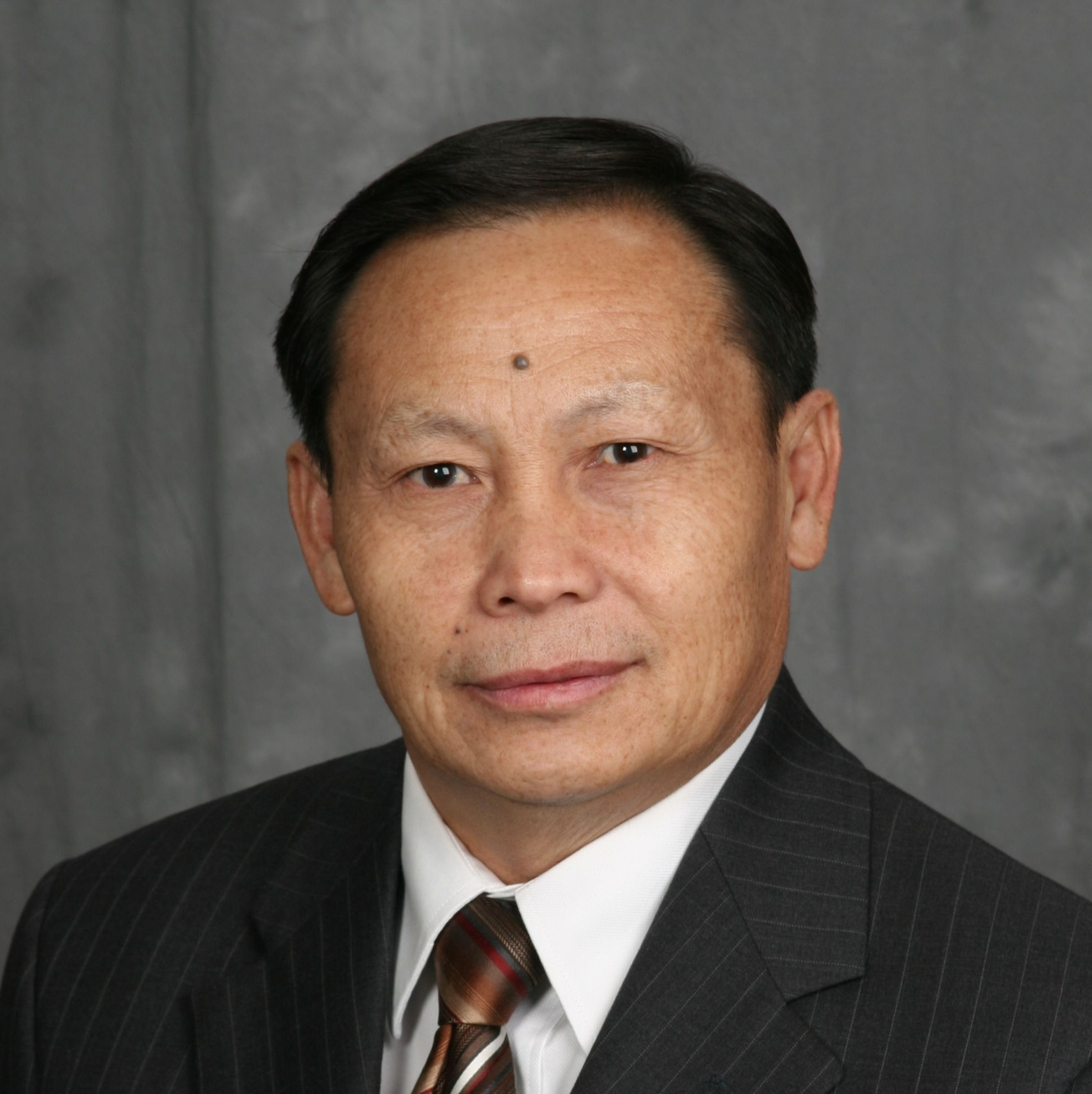 Rev. Tong Z. Vang - Church Planting Consultanttoojzoo@gmail.com(651) 231-6569First Hmong Baptist Church Coon Rapids, MNCLICK TO SEE THE PRESENTATION VIDEO