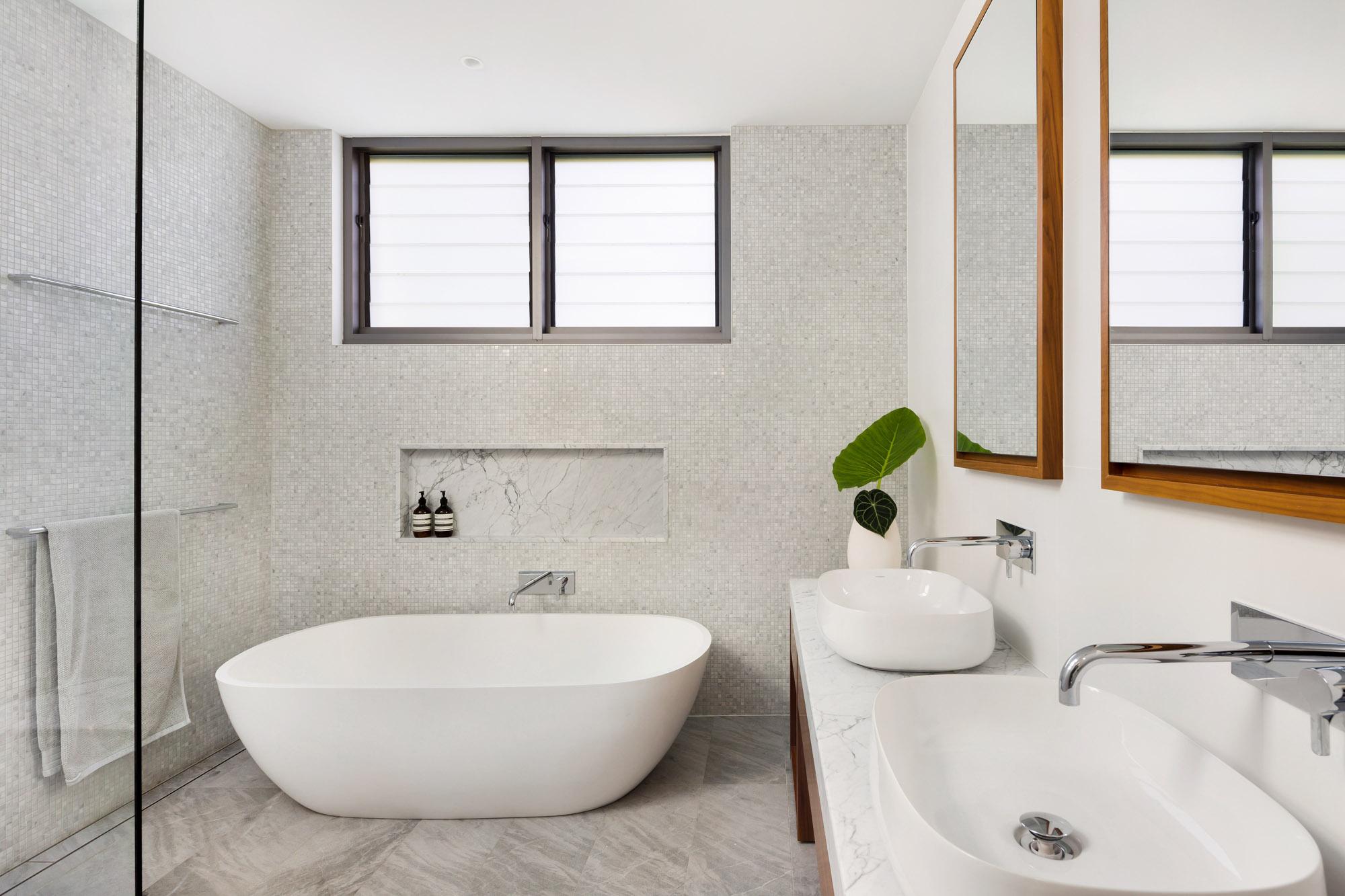 NICK BELL BRONTE PROJECT - Bathroom.JPG