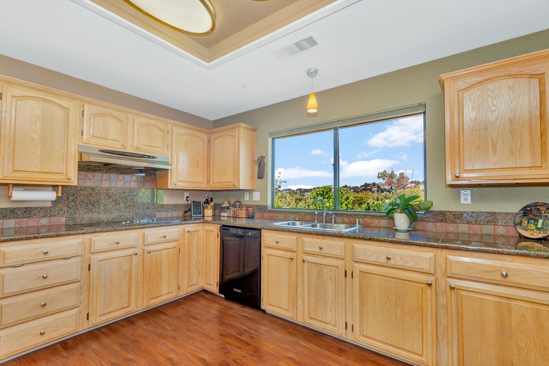 140 Live Oak Ct Vallejo CA-large-011-18-Kitchen 2a-1500x1000-72dpi.jpg