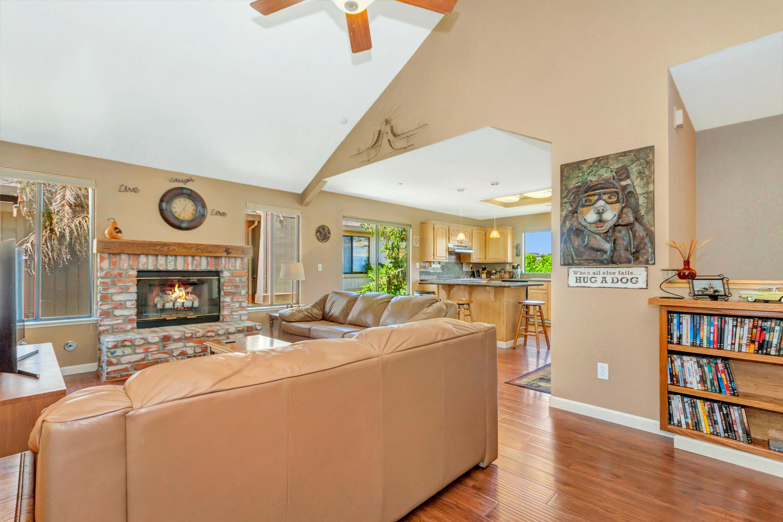 140 Live Oak Ct Vallejo CA-large-018-30-Family Room 3a-1500x1000-72dpi.jpg