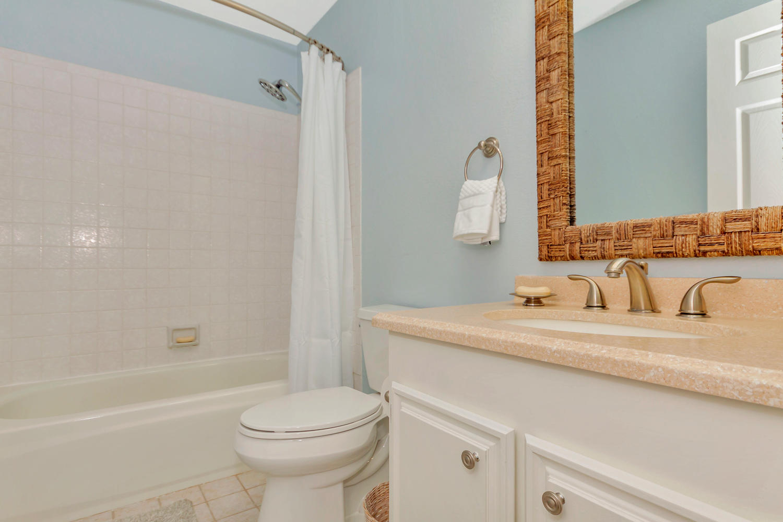 366 W Seaview Dr Benicia CA-large-023-24-Bathroom-1500x1000-72dpi.jpg