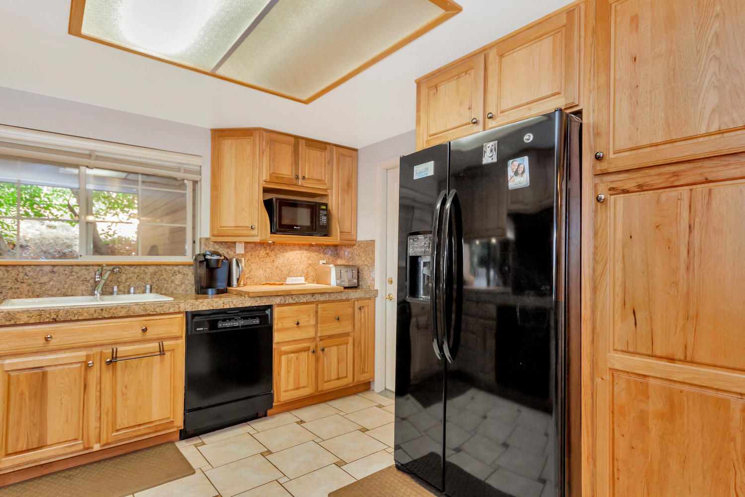 1302 W 13th St Benicia CA-large-011-3-Kitchen 2-1500x1000-72dpi.jpg