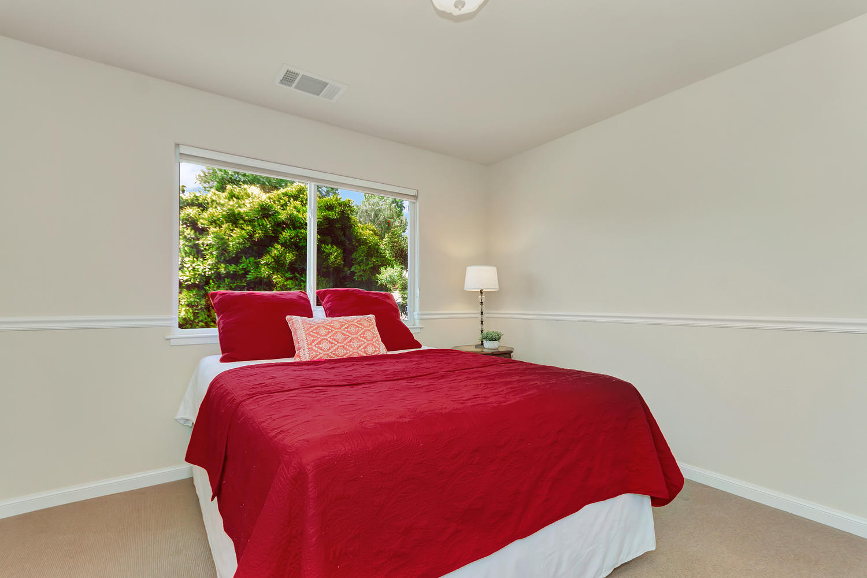 1413 Ohare Dr Benicia CA 94510-large-023-14-Bedroom 2a-1500x1000-72dpi.jpg
