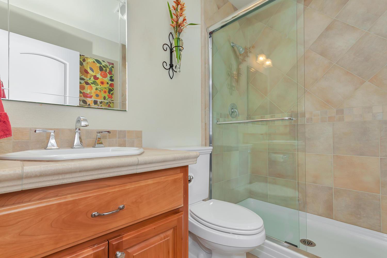 1413 Ohare Dr Benicia CA 94510-large-026-1-Bathroom 1-1500x1000-72dpi.jpg