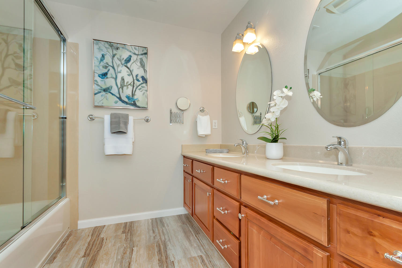 1413 Ohare Dr Benicia CA 94510-large-027-28-Bathroom 2-1500x1000-72dpi.jpg