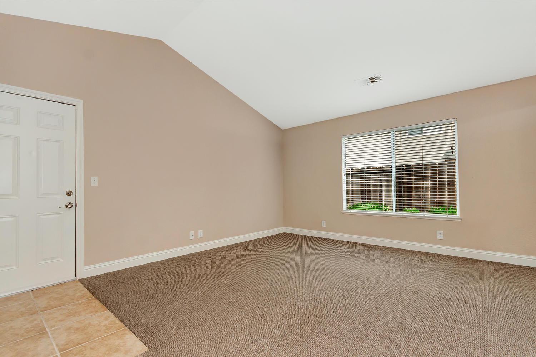 742 Barton Way Benicia CA-large-015-31-Living Room 1a-1500x1000-72dpi.jpg