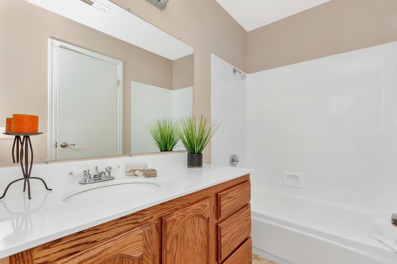 742 Barton Way Benicia CA-large-022-5-Bathroom 1-1500x1000-72dpi.jpg