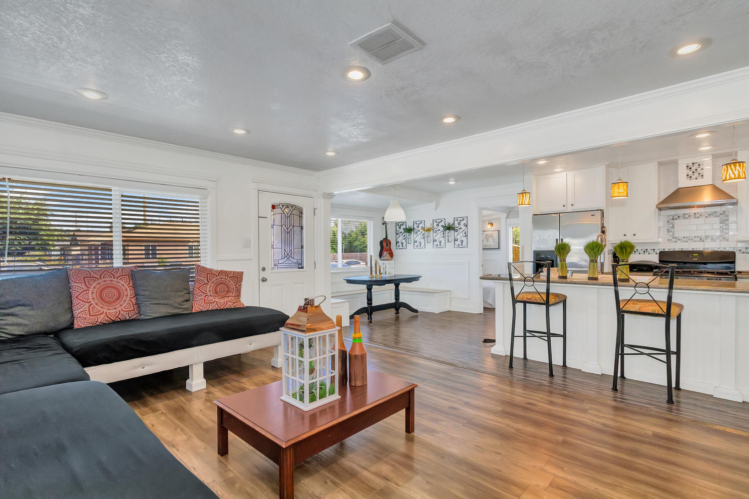 Open floor plan combines into one large living area with family room, kitchen and dining nook; perfect for entertaining!