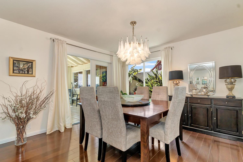 Elegant dining room.