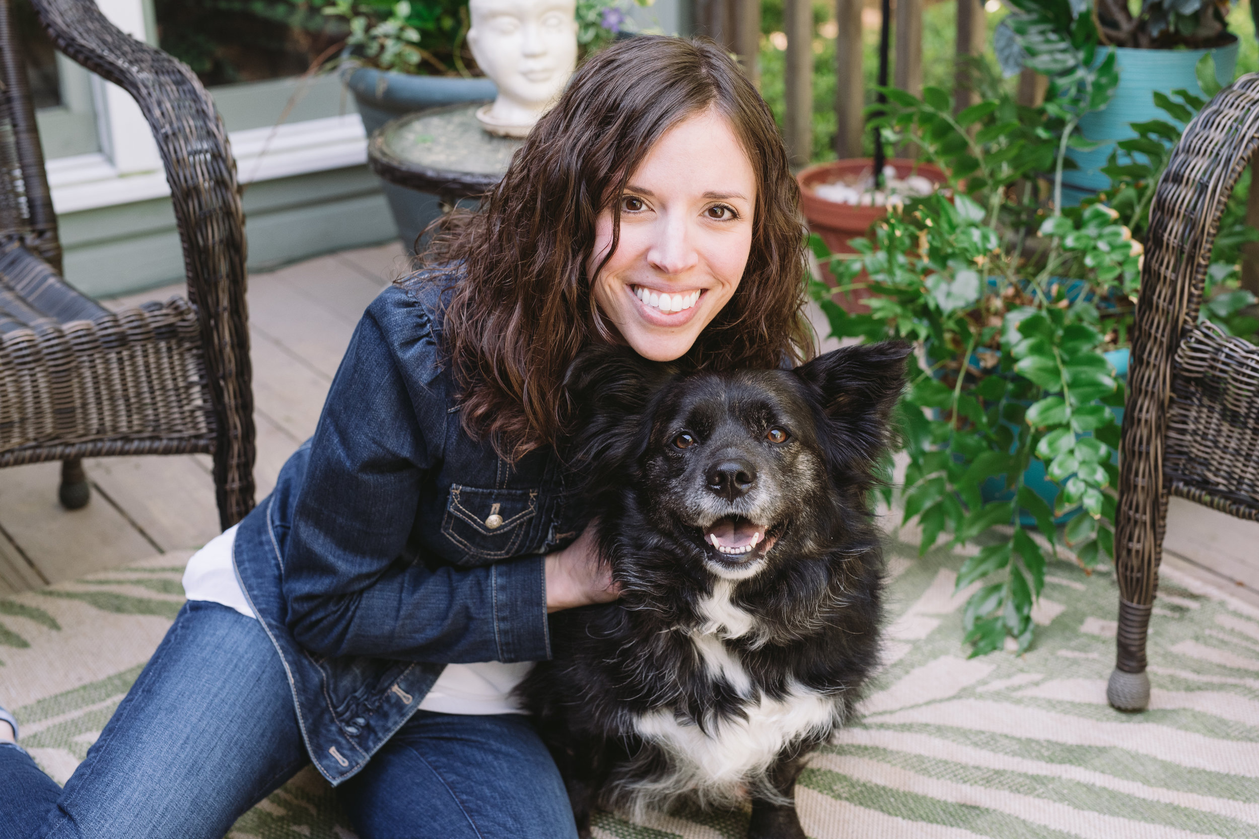 Meet the Trainer - I understand what it's like when your dog's behavior is making you crazy, I've been there. Now, I'm educated and experienced in changing behavior so you can have a happier life with your dog. Learn More