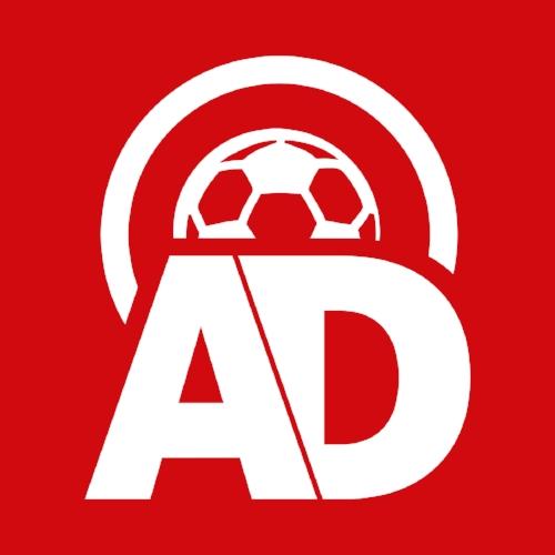 AD Voetbal podcast - Een podcast over voetbal van het AD waarin presentator Hidde van Warmerdam praat met verslaggevers Sjoerd Mossou, Maarten Wijffels, Mikos Gouka en Daniel Dwarswaard over de actualiteit.