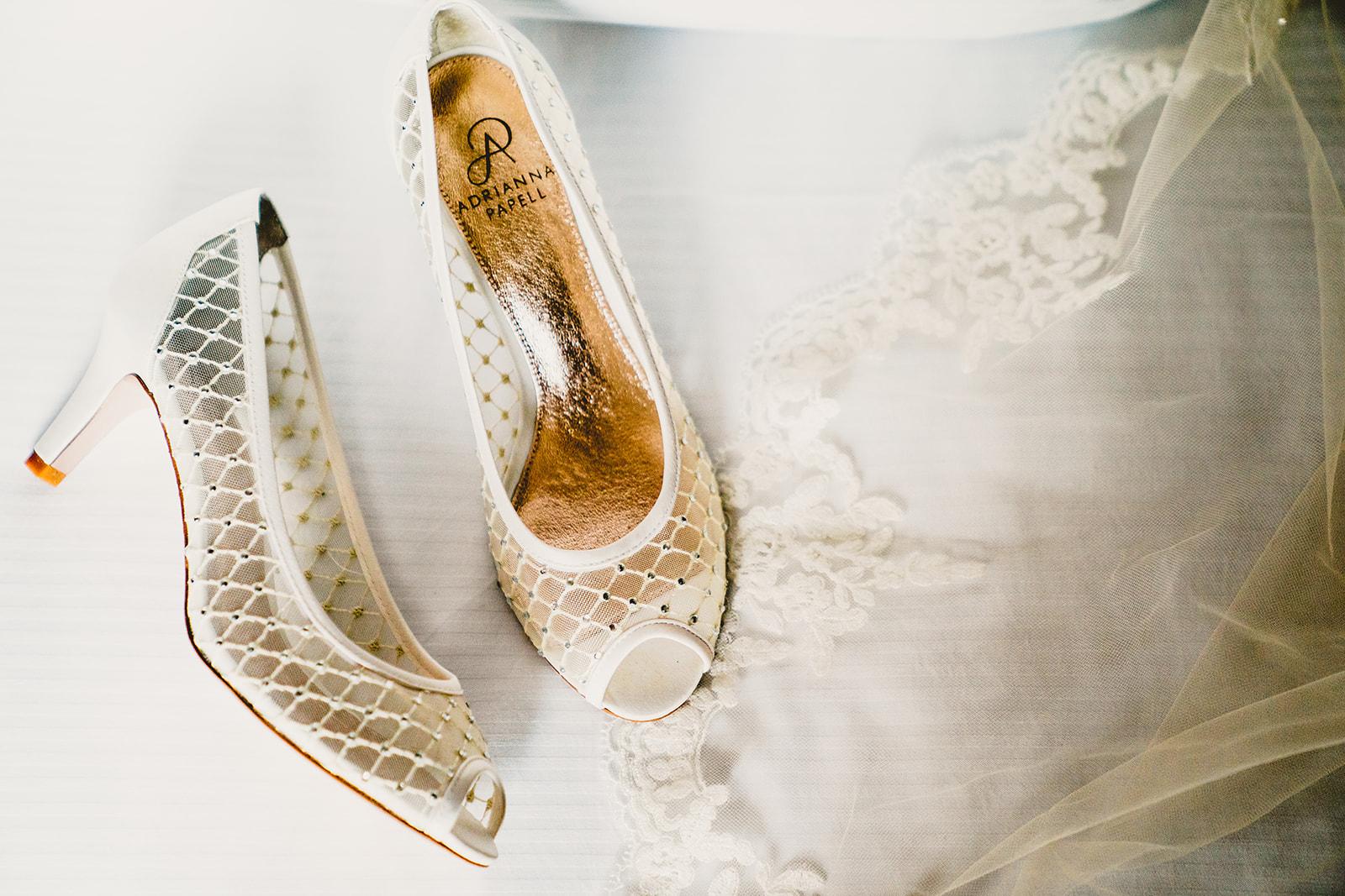 10-20-18-Katy-Kevin-Wedding-Embassy_Suites-Alexandria-VA-1039_websize.jpg