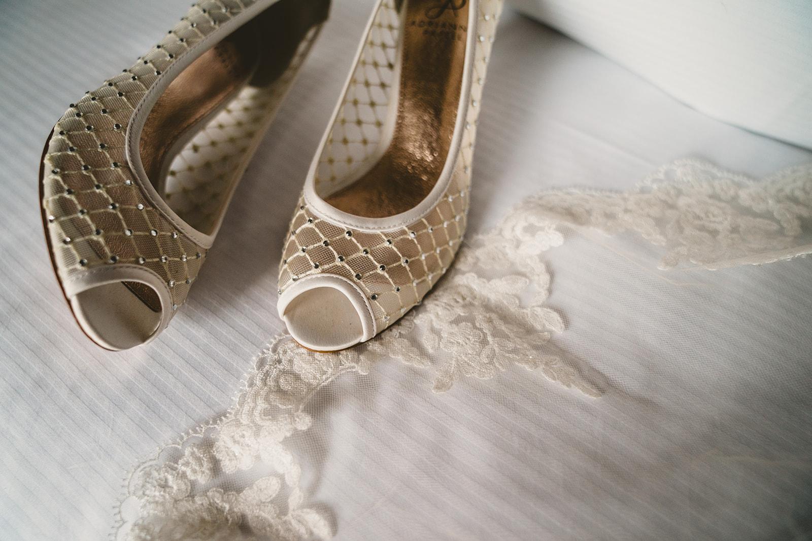 10-20-18-Katy-Kevin-Wedding-Embassy_Suites-Alexandria-VA-1038_websize.jpg