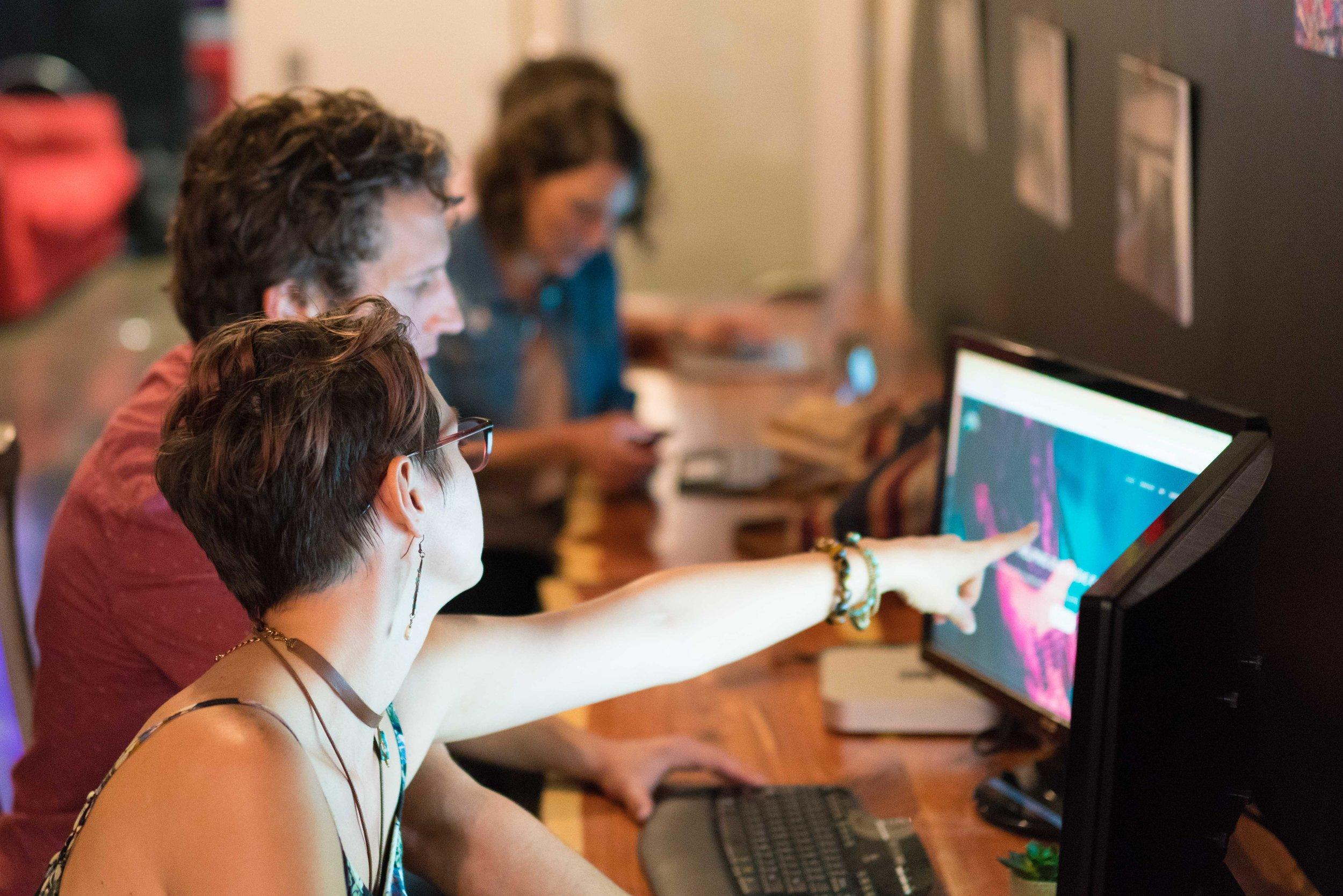 Coworking in HOME Work 2.jpg
