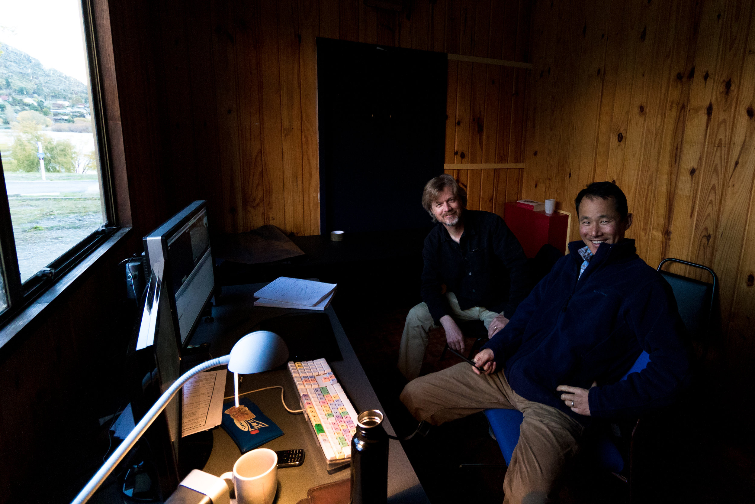 Editing Walking With Dinosaurs 3D on location in New Zealand with director Barry Cook