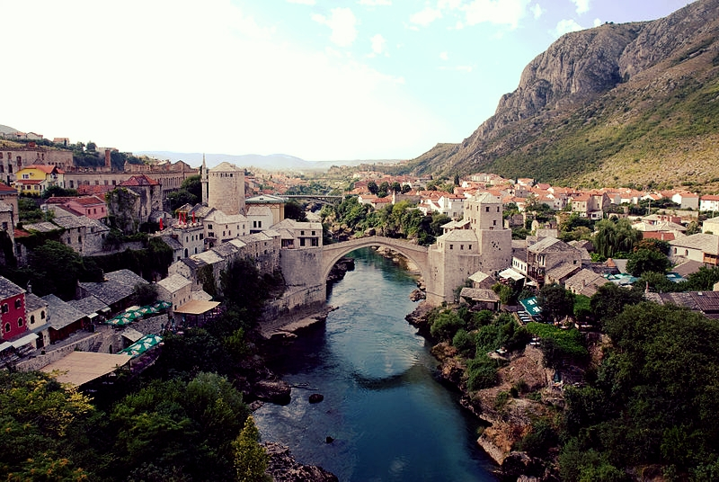 800px-Mostar_Old_Town_Panorama.jpg