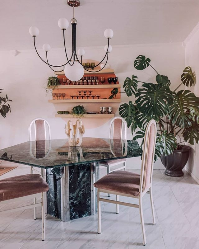 Oh hey new tile ✨ Seriously obsessed with the dining room right now! The tile made such a big difference and this dining table I scored on FB market  definitely put it over the top! 😍  Debating on if I want a rug of not, but for now I'm just happy seeing the tile! 😻😻😻 . Light fixture from @mymitzi . . . . . . . . . . . #howyouhome #myplantaesthetic #myhyggehome #mybohoshelfie #jungalowstyle #jungalow #houseplantclub #howwedwell #heyhomehey #apartmenttherapy #currenthomeview #myeclecticmix #dominomag #sodomino #bohoismyjam #stellarspaces #hometohave #bohoismyjam #showmeyourstyled #inmydomaine #plantsmakepeoplehappy #UOhome #myinterior #midcenturymix #midcenturydesign #urbanjunglebloggers #monsteramonday #greenthumb #interiorinspo #housegoals