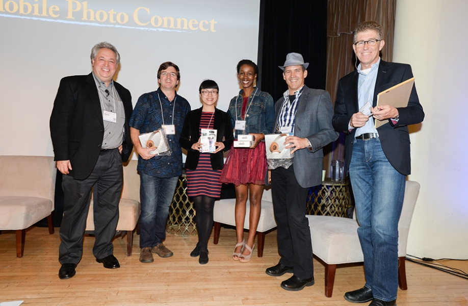 Mobile Photo Connect conference bestows first-ever app awards.jpg