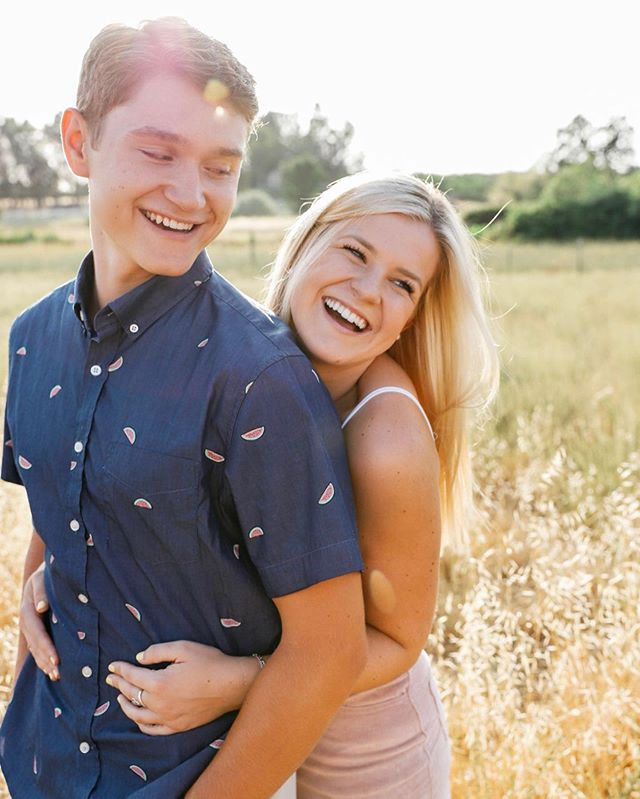 My best friend Nicole and Ryan are the cutest! 😍 seniors book your sessions now! I have very limited weekend shoots the next few months!