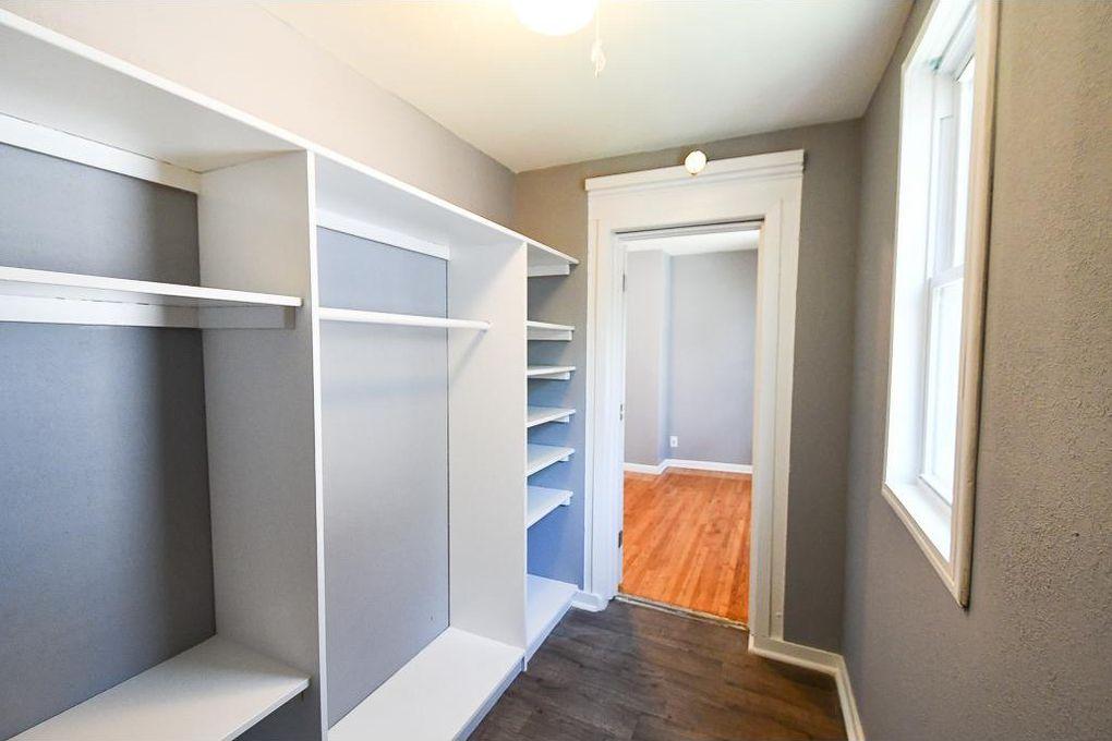 Shelfs1.jpg