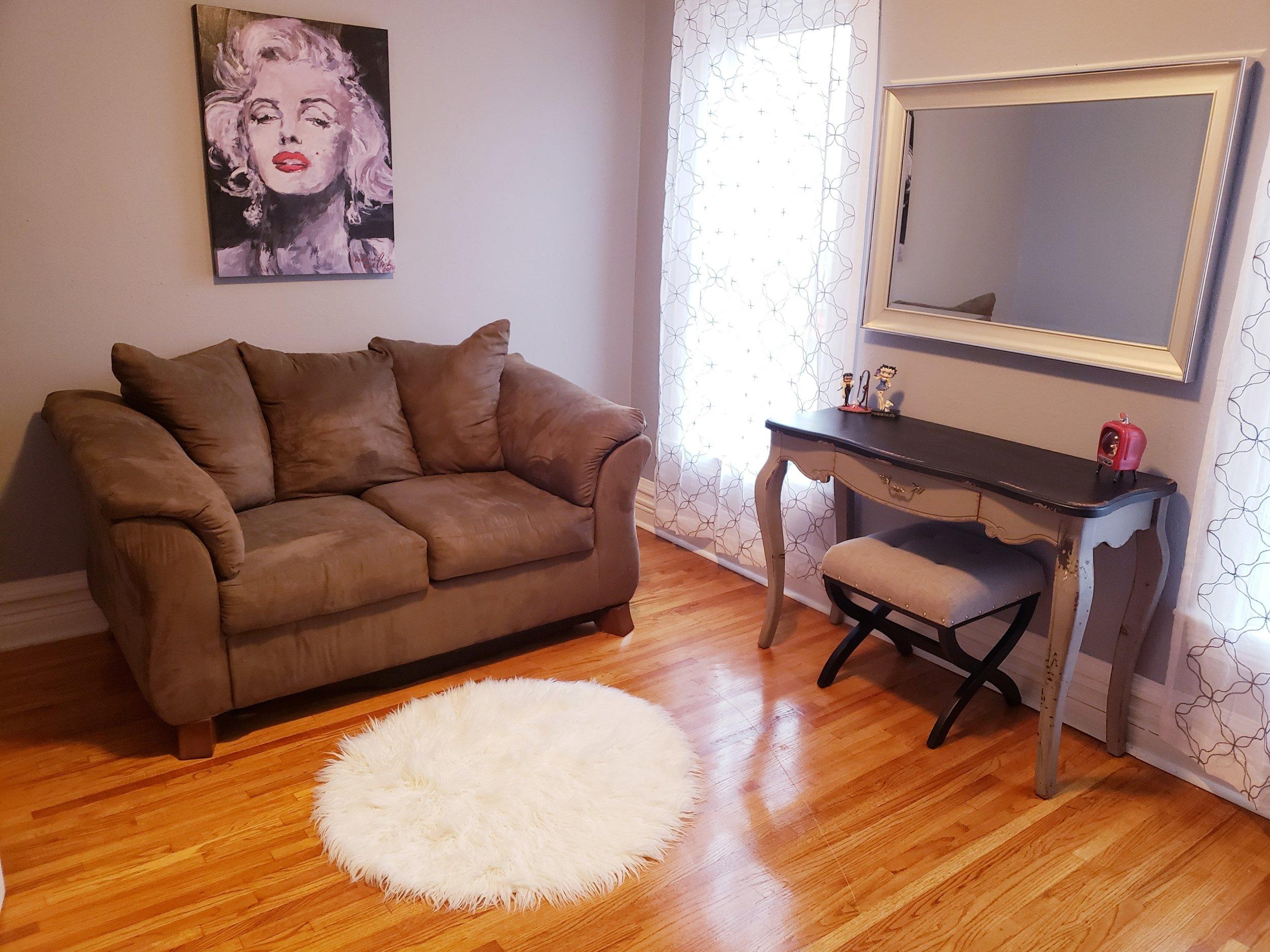 Vanity Room.jpg