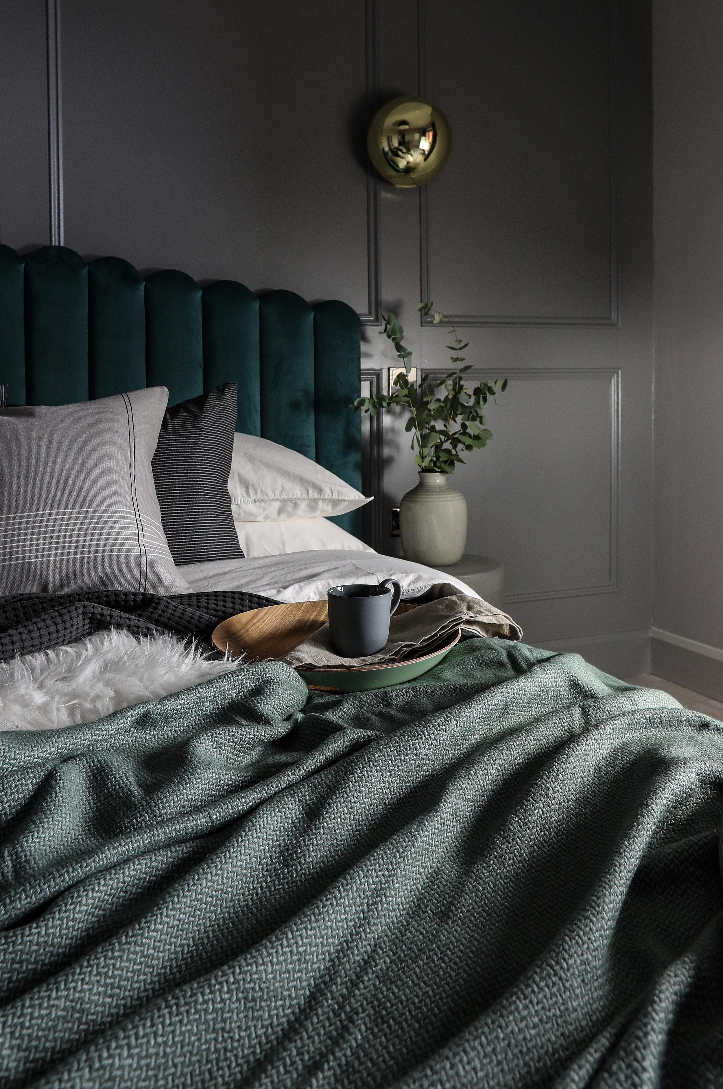 bedroom1c.jpg